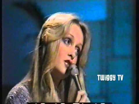 TWIGGY  AT SEVENTEEN 1975