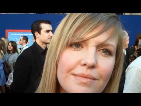 Ashley Jensen gives good frog in 'Gnomeo'