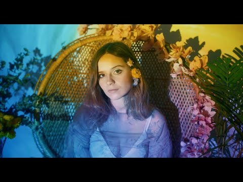 Gabrielle Aplin - Nothing Really Matters (Acoustic Version)