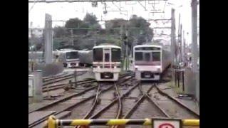 Amazing train crossing in INDIA