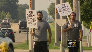 Auto Mechanics On Strike At More Than 100 Chicago Area Service Shops