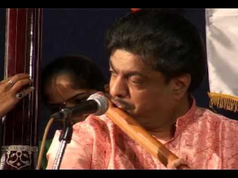 Ptra Kulkarni Flute - Srujan Sabha Concert 2010 - Raag Parmeshwari - Part 2