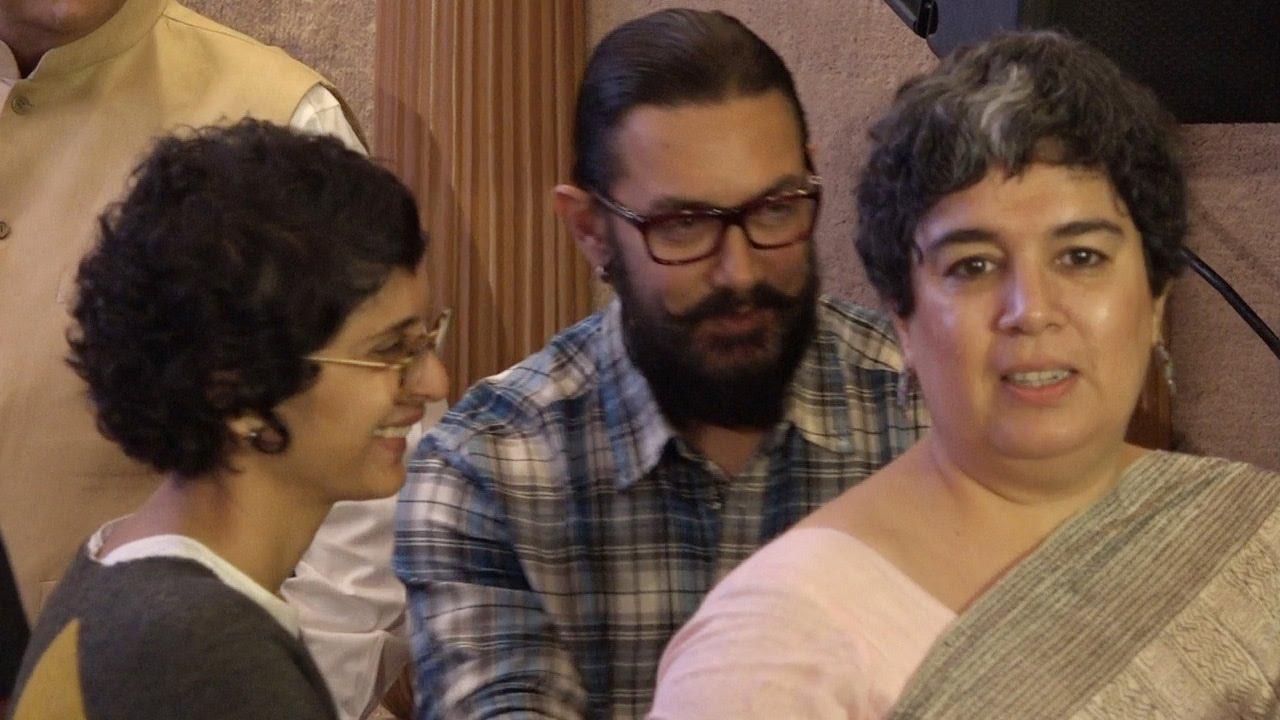 Aamir Khans Wife Kiran Rao Bonds With His First Wife Reena Watch