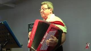 Un Medley (Polka-tarentelle-country) interprété par Cocktail Accordéon