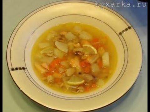 Рыбный суп с лососем и консервированной горбушей
