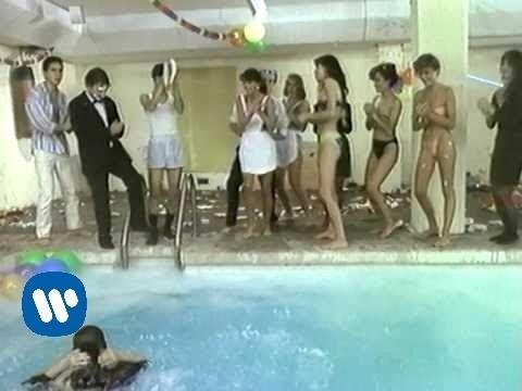 Hombres G - Voy A Pasarmelo Bien (Video Oficial) mp3