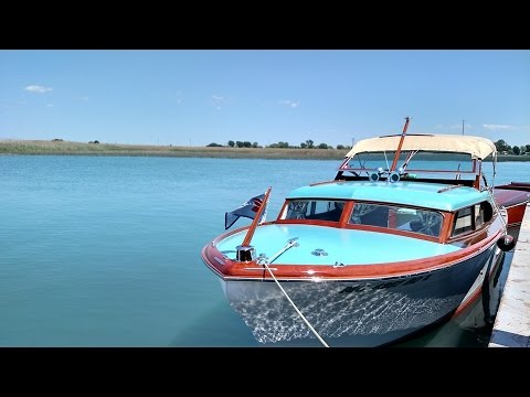 A Day in the Life of Puff-1956 Chris Craft 25' Express Cruiser