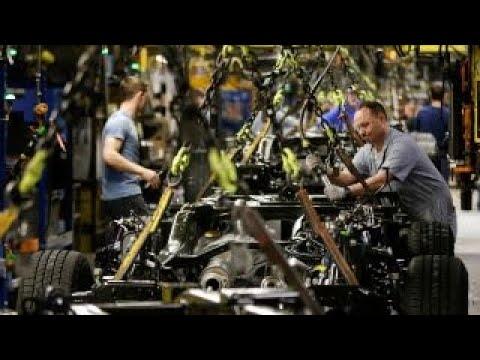 Trump economy: Two GOP voters debate