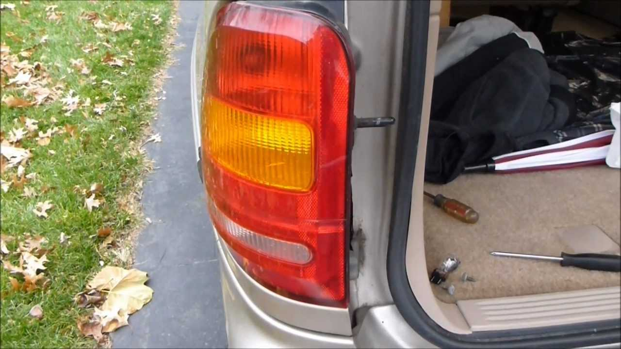 hight resolution of how to change the tail light on a ford windstar
