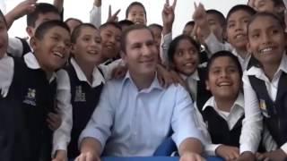 Moreno Valle inaugura primaria bilingüe en Altepexi