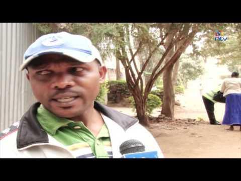 Nairobi county askaris remove, carry away estate's gate