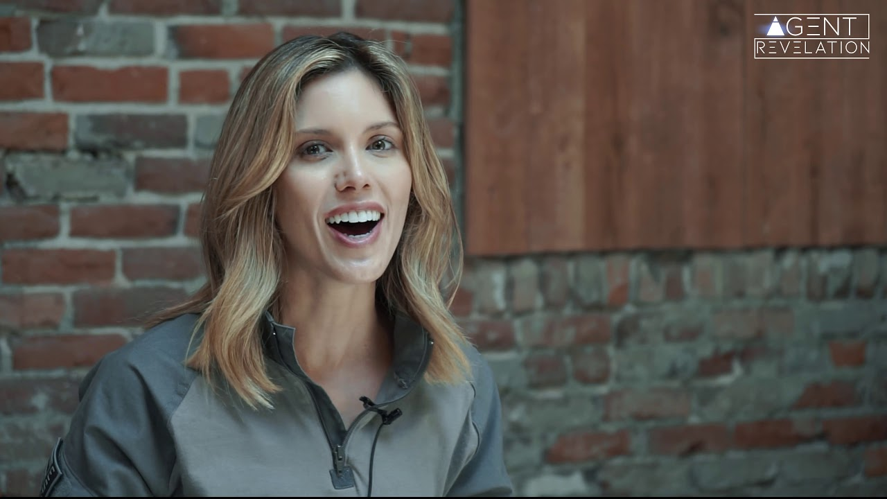 AGENT REVELATION - KAYLA EWELL(VAMPIRE DIARIES, ROSWELL) INTERVIEW - BEHIND THE SCENES -  CLIPS