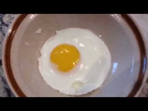 cook egg in microwave how to make an egg easy in the microwave 28473