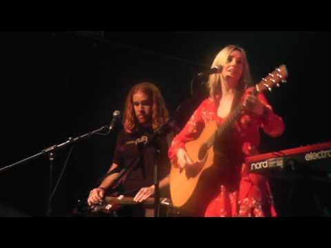 Lisa Redford 'Carolina Rain' Live at Norwich Arts Centre ~ A Night In Nashville