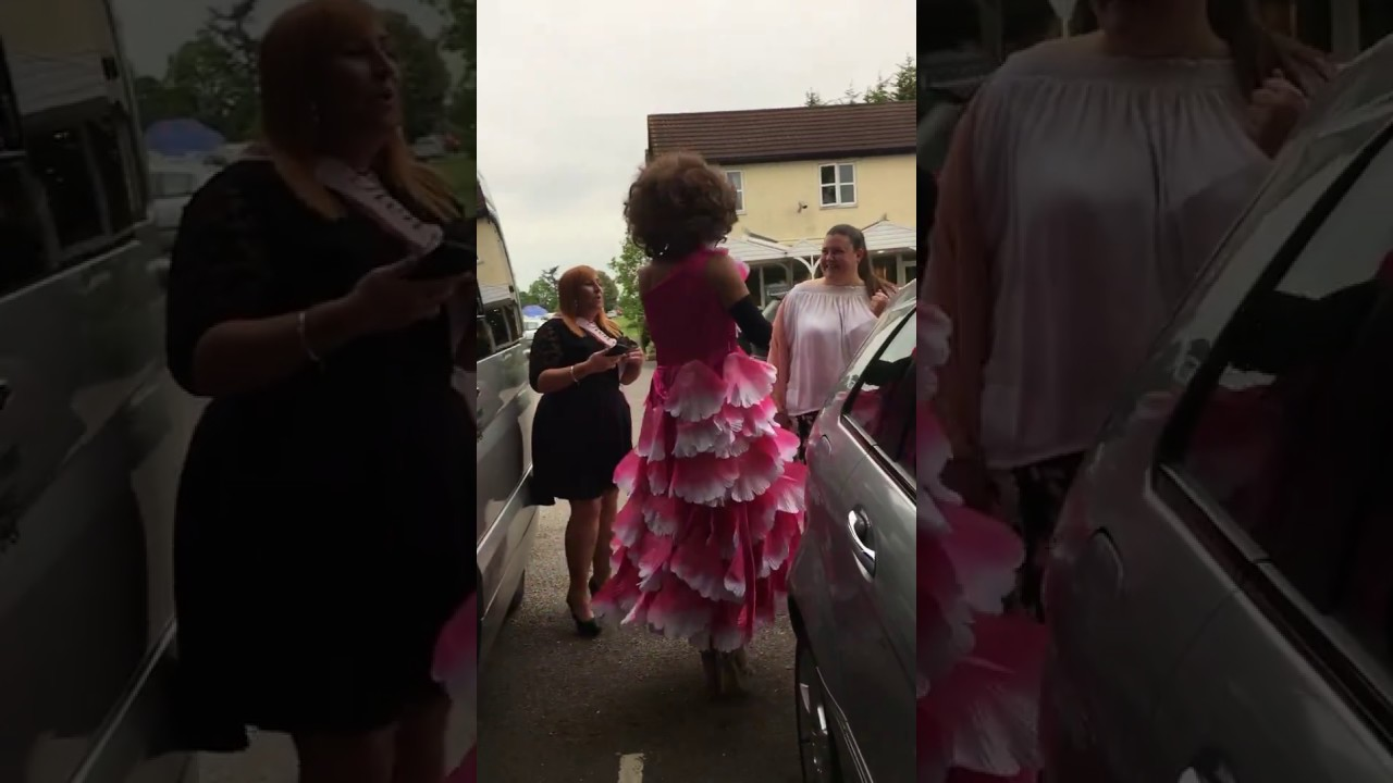Limo Hire, Limo Style, Party Bus, Hen Party Video