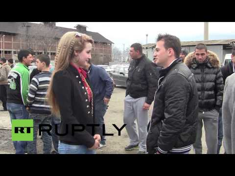 Bulgaria: Roma brides go up for auction at traditional fair