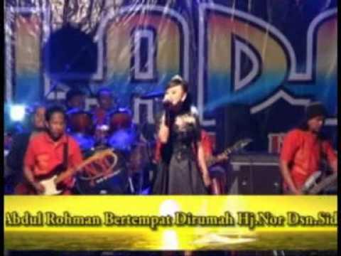TANDA MERAH - Nova Karisma - NEW PALADA Show live in Menanggal Mojosari