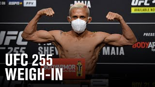 <b>UFC 255</b>: Weigh-in