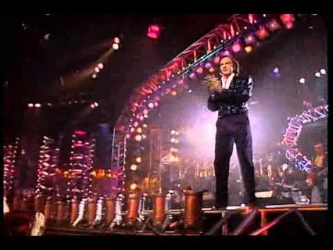 Neil Diamond - America & Sweet Caroline