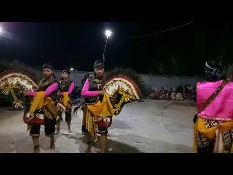 Tarian Perempuan Kuda Lumping Karya Budaya