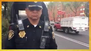 Estos policias que buen ejemplo