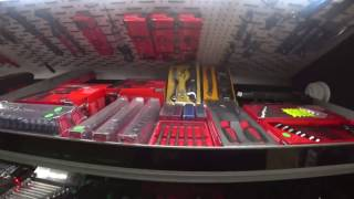 The Daily Mechanic - A hole in a piston & Snap-On Truck tour