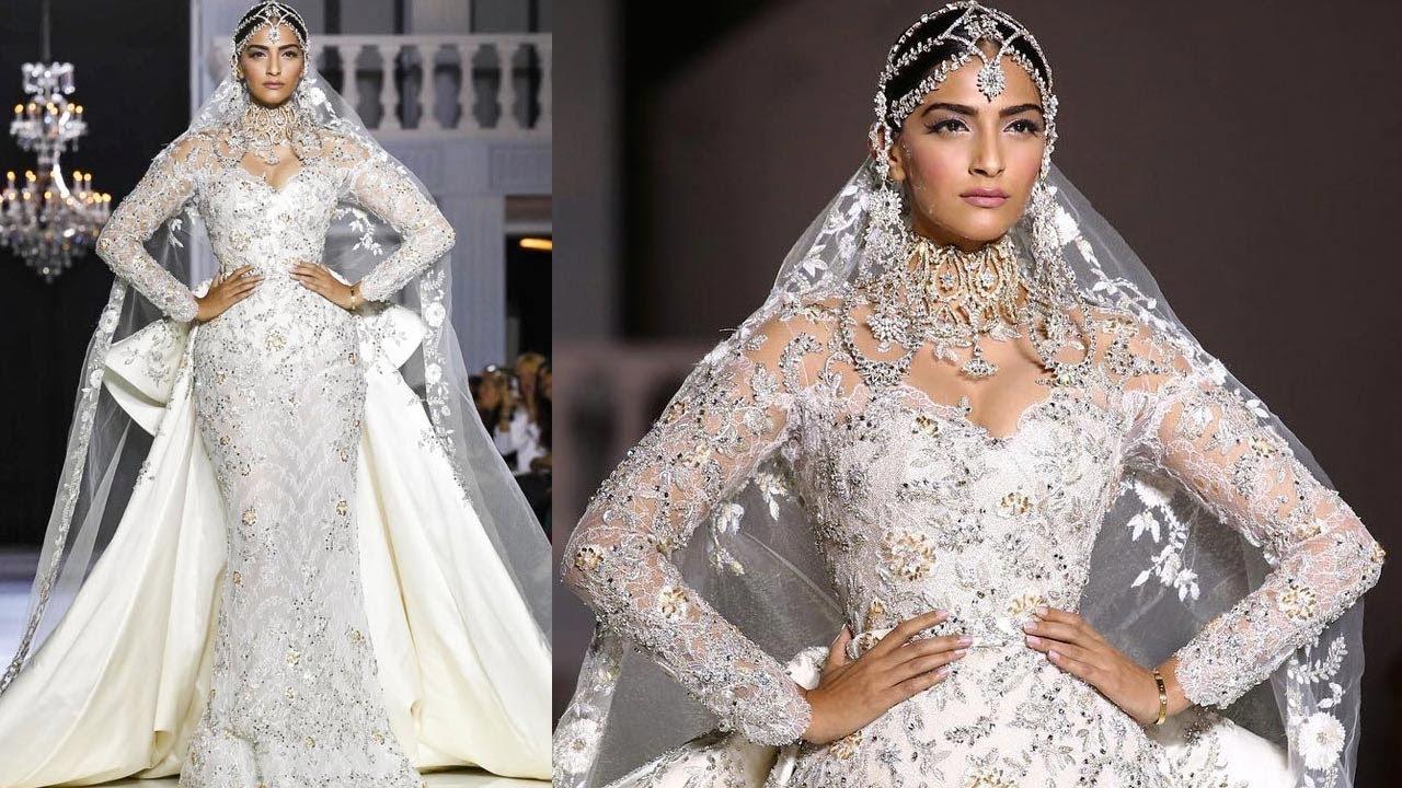 Sonam kapoor gives us the worst bridal look ever as she walks for sonam kapoor gives us the worst bridal look ever as she walks for abu jani sandeep khosla ombrellifo Images