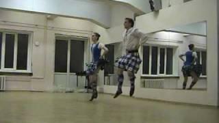Шотландские танцы(в исполнении московских танцоров на Фестивале Народного Танца., 2009-12-04T18:48:11.000Z)
