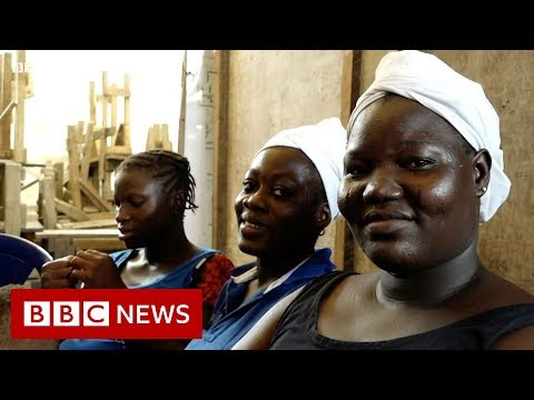 How plastic bottles are paying for lessons in Nigeria - BBC News