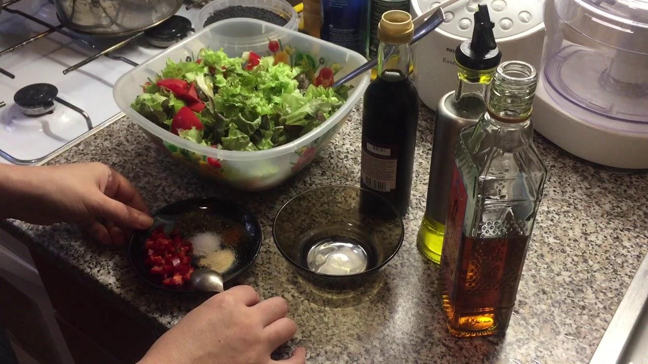 Универсальная заправка, которая обогатит любой салат.)