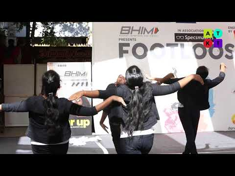 Freestyle Dance Moves by Jeppiaar Institute of Technology College Girls | Unmaad 2018