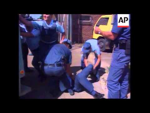 South Africa - Police Shootout - 1995