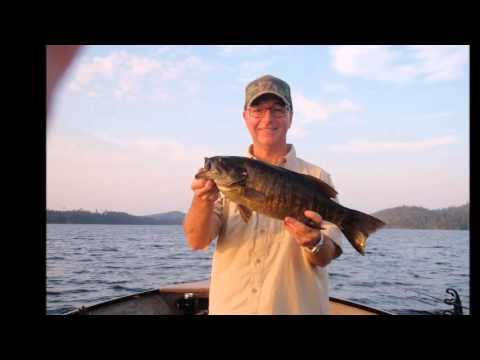 Fishing gowganda ontario lookout point camp youtube for Point lookout fishing report