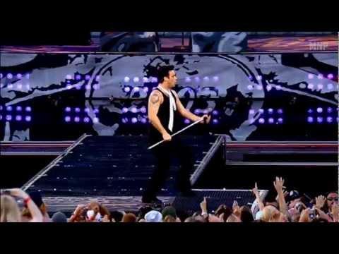 Robbie Williams - Monsoon  - (Live at Knebworth) - HD