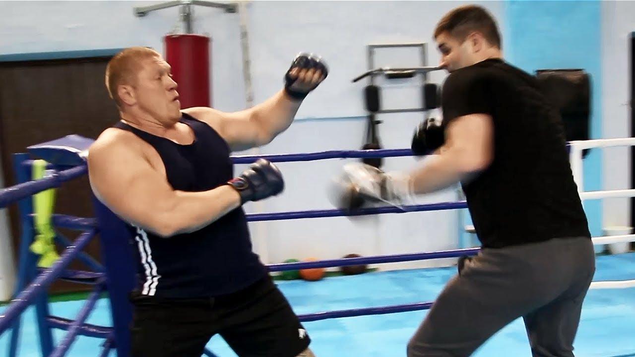Боксеры против борцов / Максим Новоселов против боксера