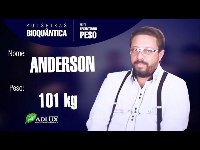 Teste Pulseira Bioquântica - Levantando Peso