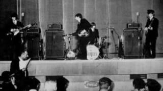 Watch Beatles Johnny B Goode video
