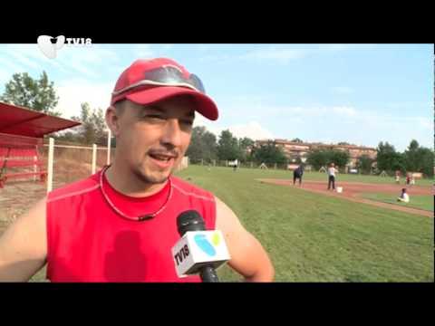 140823  A Reds Budapest baseballcsapat edzésén jártunk - YouTube 4c0d2fa0e5