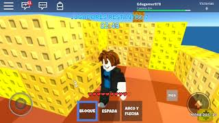 Playing Sky wars in Roblox