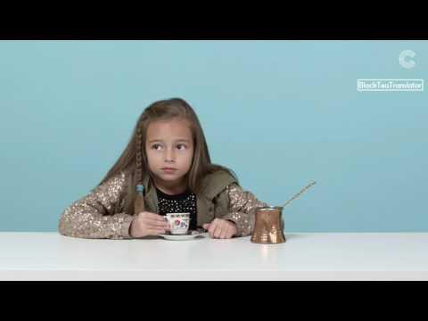Дети пробуют кофе со всего мира