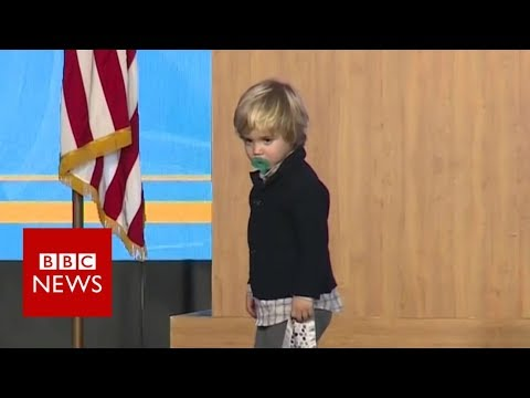 US governor's sleepy son invades stage - BBC News