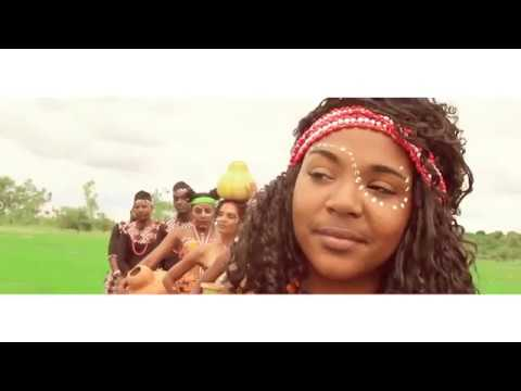 Download Chicano Family-Ongoma Ya Africa (Official Music Video)