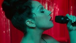 Lady Gaga - La Vie En Rose (A Star Is Born)