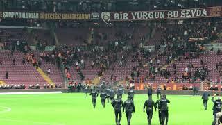 Gambar cover Galatasaray -Fenerbahçe maçındaki kavga