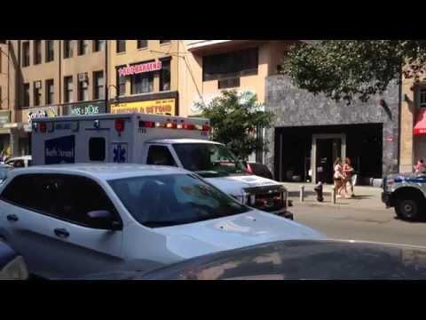 BETH ISRAEL HOSPITAL EMS AMBULANCE RESPONDING \u0026 STUCK IN HEAVY TRAFFIC ON W. 14TH ST. IN MANHATTAN.