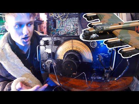 Making Music On An Avro Lancaster's Radio Receiver R1155, 1940's Aircraft Radio Equipment