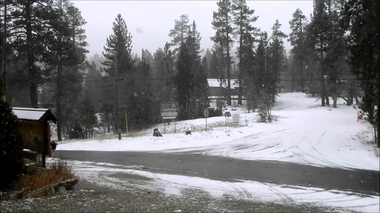 Snow At Big Bear Lake Oak Knoll Lodge Youtube