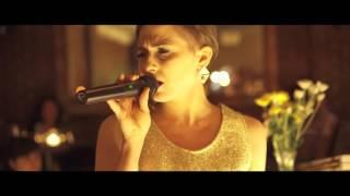 Alarke - Running - Live From The Manhattan Inn