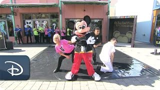 Dancing Mickey Mouse at D-Street