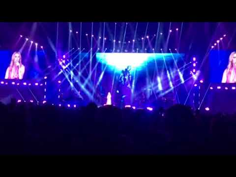 Celine Dion Cried In Manila